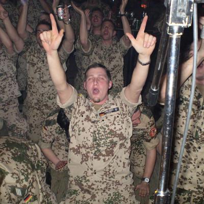 Bundeswehrsoldaten (ISAF) rockten ab in Usbekistan