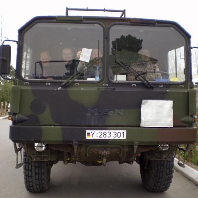 unser Tourbus am Hindukusch (Termez/Usbekistan)